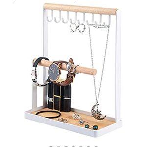 Jewelry stand/ organizer